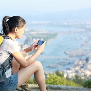 The Six Best Travel Apps